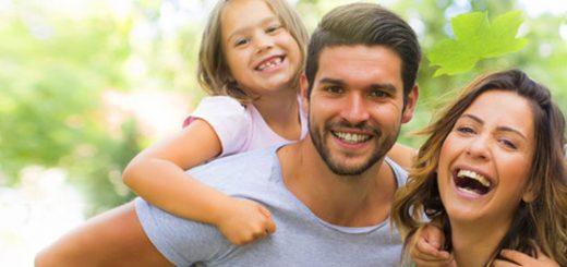 glückliche Familie Zahnarzt